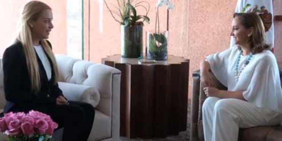 Se reúne Claudia Ruiz con Lilian Tintori