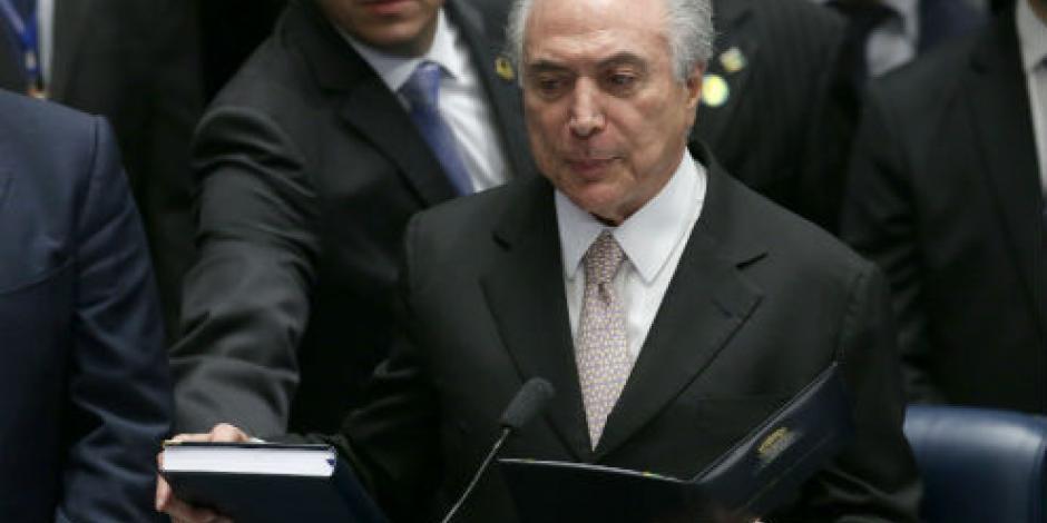 Michel Temer asume presidencia de Brasil tras destitución de Dilma