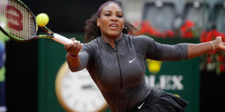 Eliminan a Federer y Serena Williams avanza en Abierto de Italia