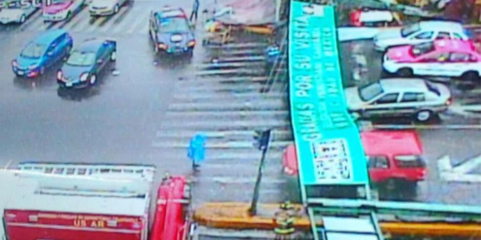 Deja lluvia afectaciones viales y caída de árboles en la capital