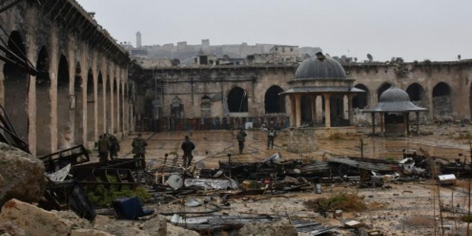 Acuerdan tregua para que rebeldes salgan de Alepo