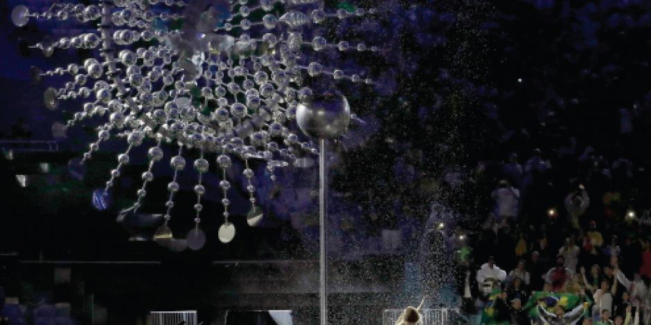 Río pone luz a sus Juegos y regresa a la realidad