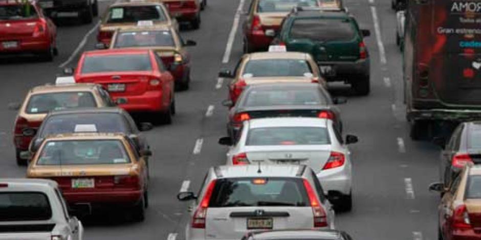 Exhortan senadores a Mancera modificar reglamento vial