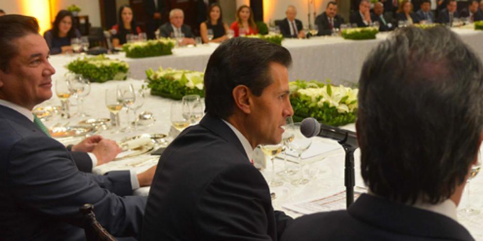 EPN aborda con senadores de PRI y PVEM temas de agenda legislativa