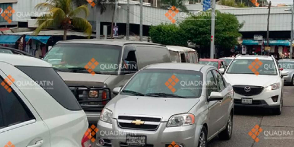 Ingresan 15 vehículos por minuto a Acapulco