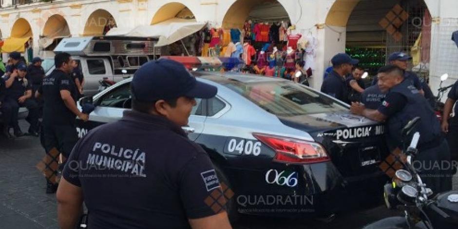 Policías de Juchitán, Oaxaca, realizan paro por falta de aguinaldo