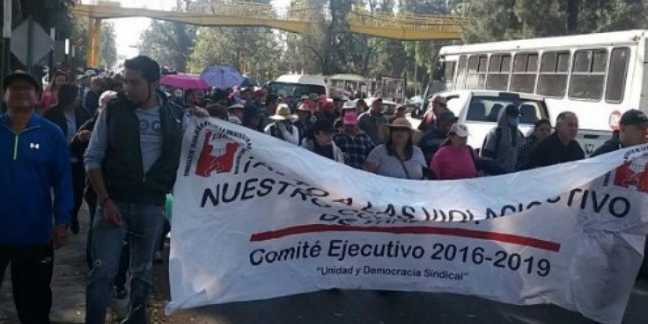 Bloquean la carretera federal México-Texcoco