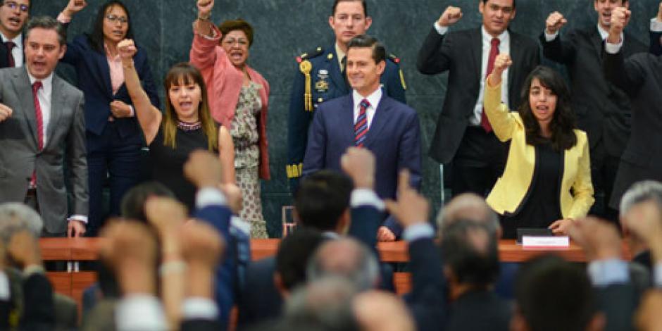 Reforma Educativa no busca sancionar a maestros, señala EPN
