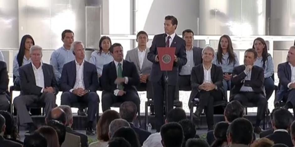 México acumula 120 mil mdd de inversión extranjera, destaca EPN