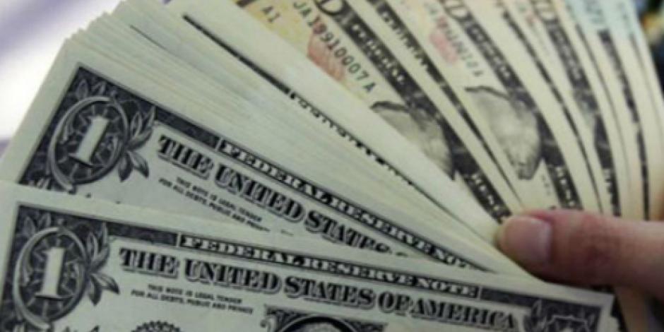 Dólar cierra en $18.75 en bancos de la CDMX