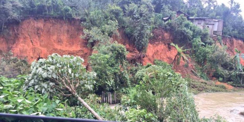 "Suman 38 muertos tras tormenta ""Earl"""