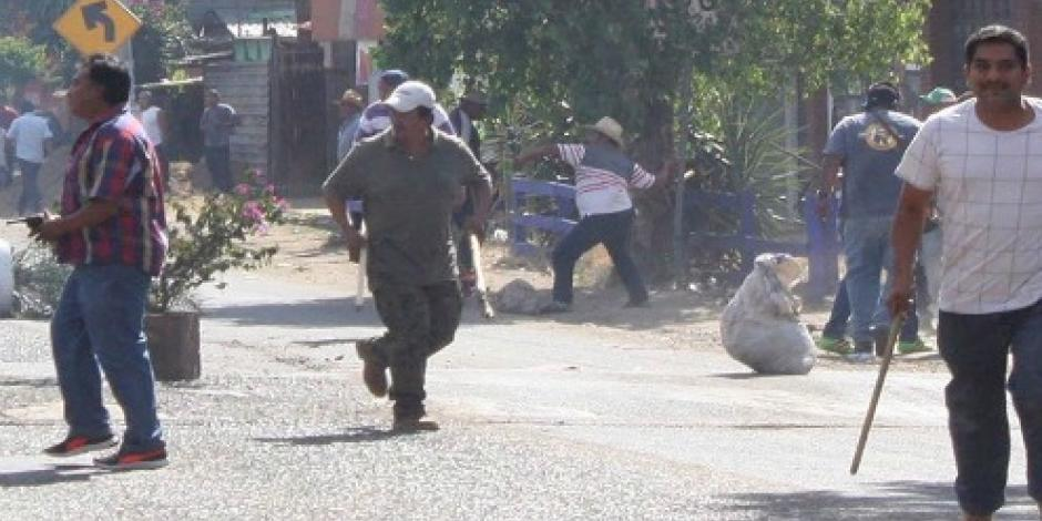 Encañonan a dos reporteros cuando cubrían hechos de Ánimas Trujano, Oaxaca