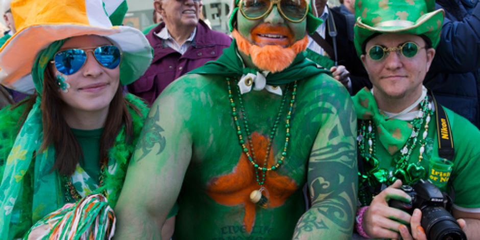 Por 1ra vez, grupos gay participan en desfile de San Patricio en NY