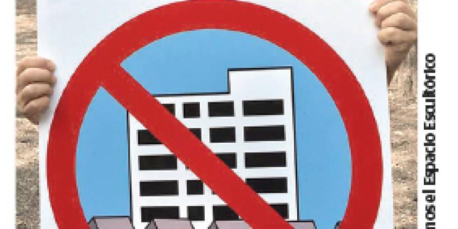 Kapoor contra el Edificio H, en CU
