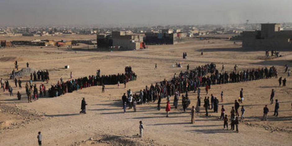Estado Islámico castiga a civiles que huyen de Mosul, detalla HRW