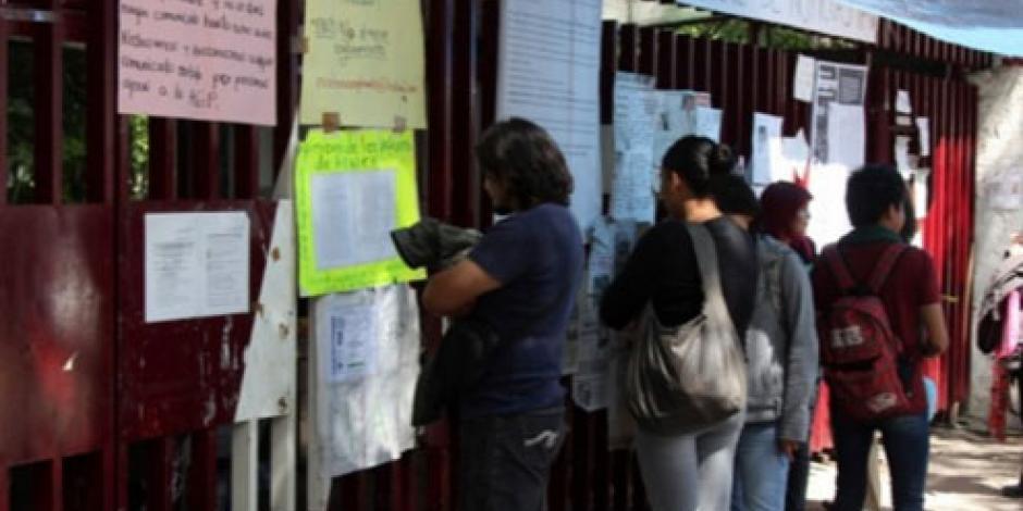 CECyT 5 decide mantener huelga y pide reunión con Nuño