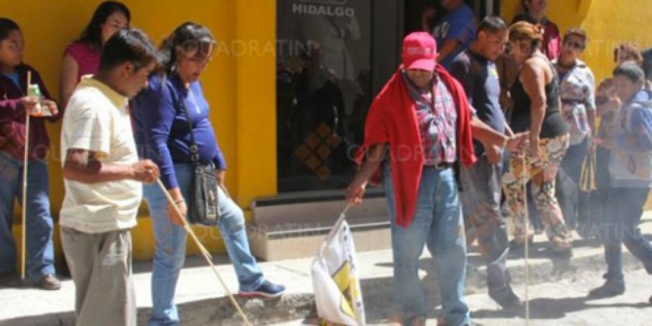Militantes califican de delincuente a líder del PRD de Hidalgo