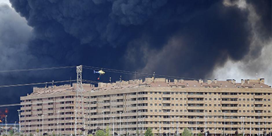 Incendio en España suma 10 horas activo
