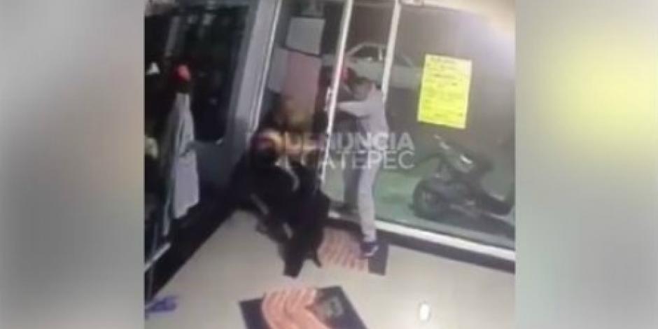 VIDEO: Disparan contra trabajador de gym en Ecatepec
