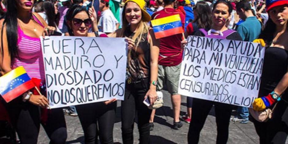 Oposición en Venezuela presiona para activar el revocatorio de Maduro
