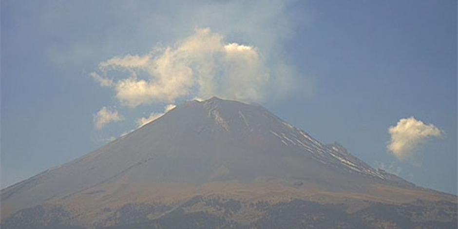 Popocatépetl registra columna de ceniza de 800 metros