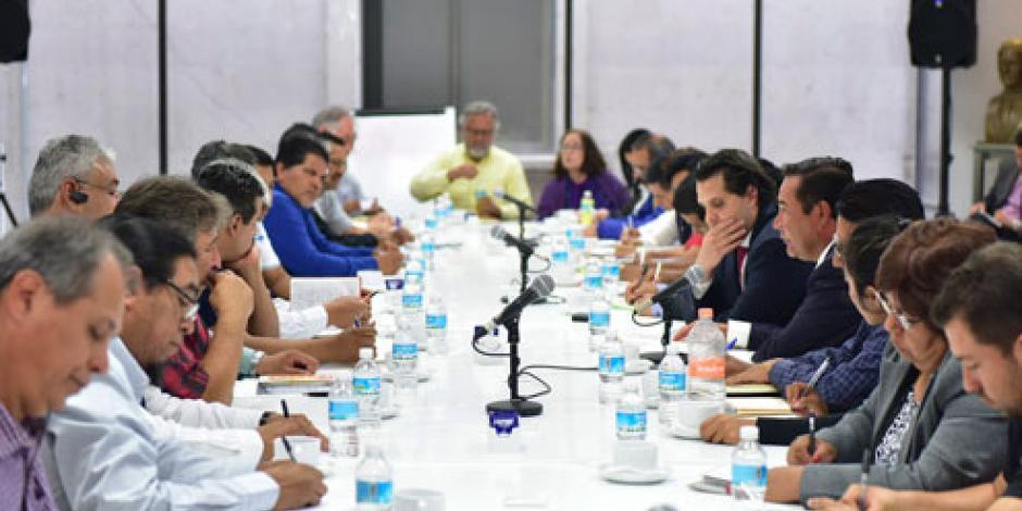 CNTE descarta que se hayan acordado temas con Segob
