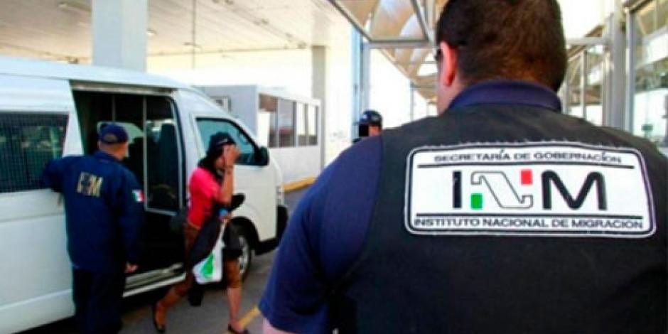 Rescatan a 108 indocumentados en Puebla