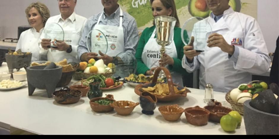 Gana Claudia Ruiz Massieu Reto Guacamole