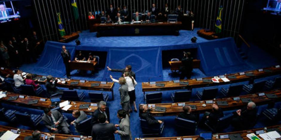 Corte rechaza suspender voto sobre juicio a Dilma Rousseff