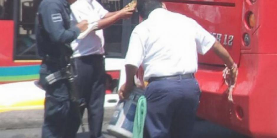 Intentan incendiar Acabús en su primer día