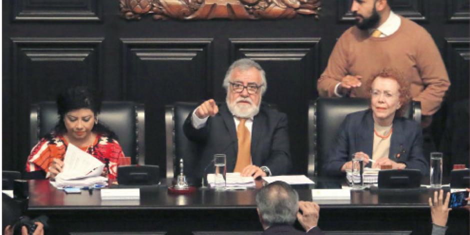 Aprueban el primer artículo de la Constitución de la CDMX