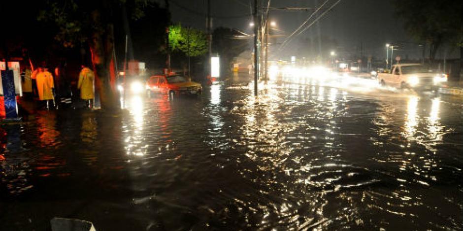 Lluvias y encharcamientos afectan 5 delegaciones de la CDMX