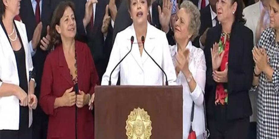 Está en juego el futuro de Brasil y no mi mandato, afirma Rousseff