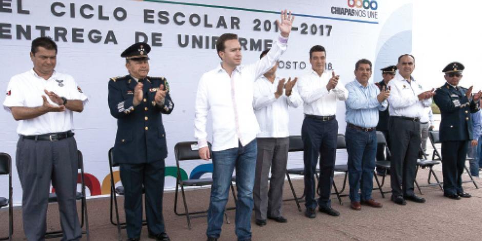 Manuel Velasco  exige dejar de   afectar a niños