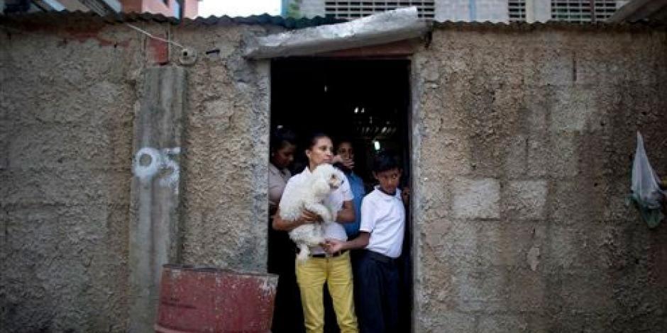 Queman vivo a hombre por robar 5 dólares en Venezuela