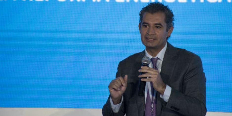 Ochoa pide a Barbosa no desinformar a la gente sobre  tarifas de luz