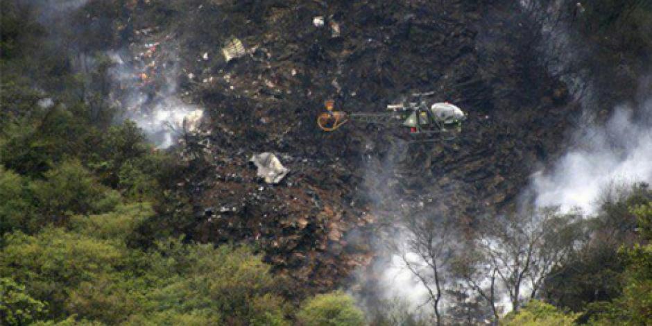 Suman 48 fallecidos en accidente aéreo en Pakistán