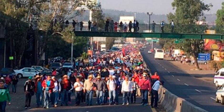 CNTE marcha contra evaluación en Morelia