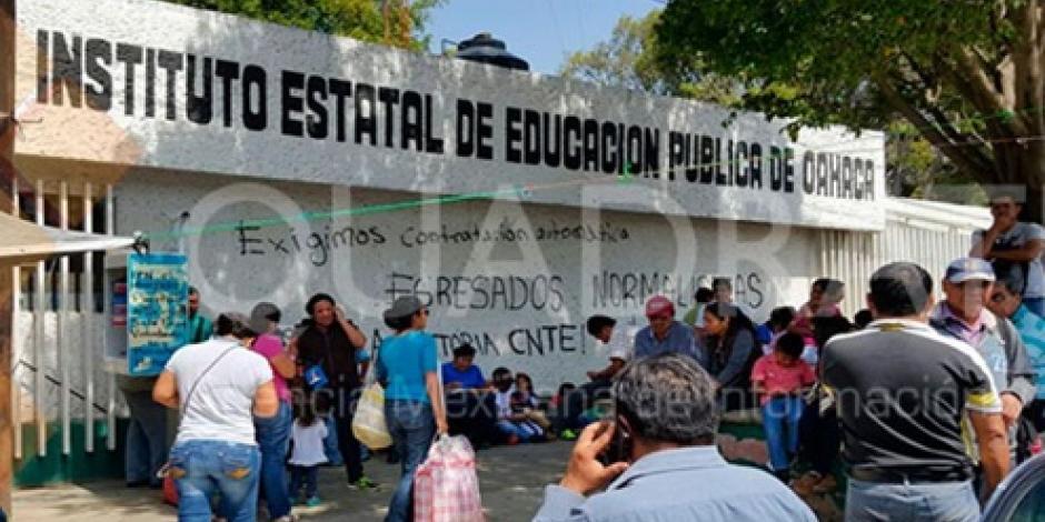 Persisten bloqueos de la CNTE en Oaxaca