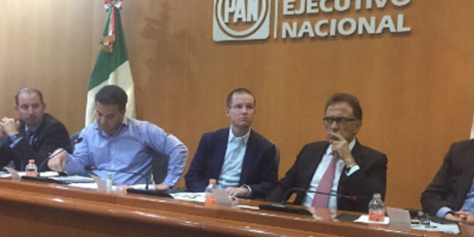 "Crea PAN grupo para atender a panistas ""inconformes"""