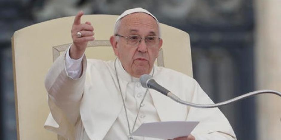 Los muros no solucionan la migración, señala el Papa