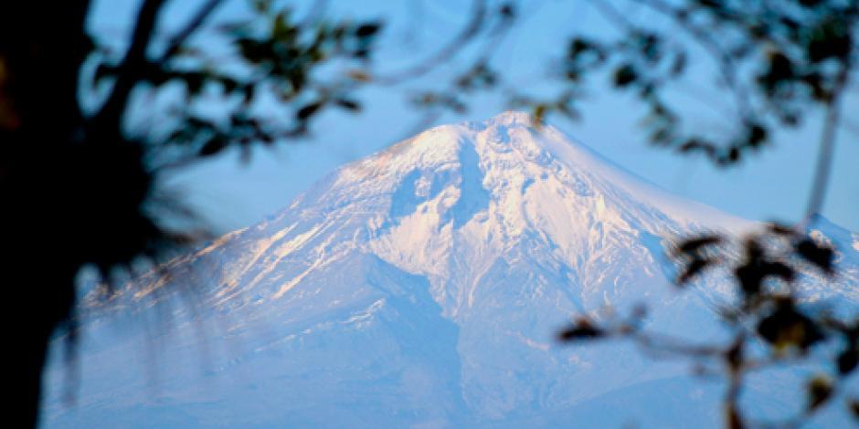 Buscan a alpinista estadounidense accidentado en Pico de Orizaba