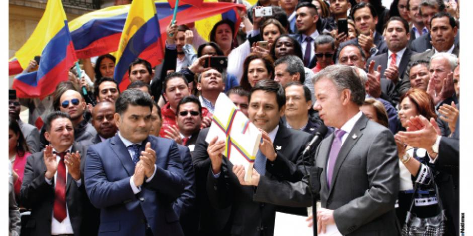 Con firma de paz, FARC amarra escaños en Senado y Congreso