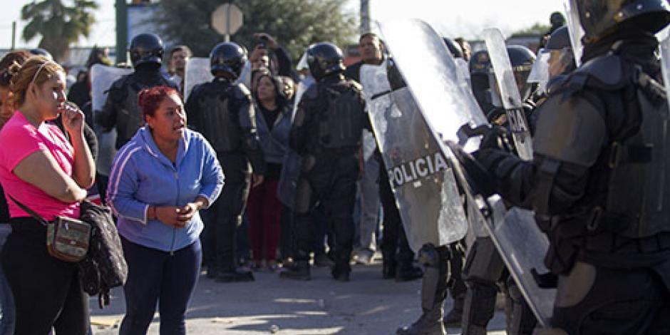 VIDEO: Captan riña al interior de Topo Chico