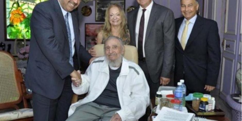 Fidel Castro reaparece ante los medios de comunicación