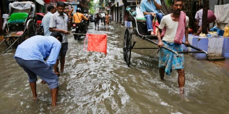 Mueren al menos 40 personas en inundaciones en India