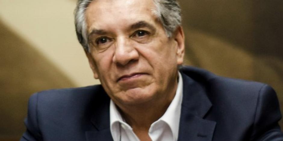 Expresa EPN sus condolencias por la muerte del escritor René Avilés