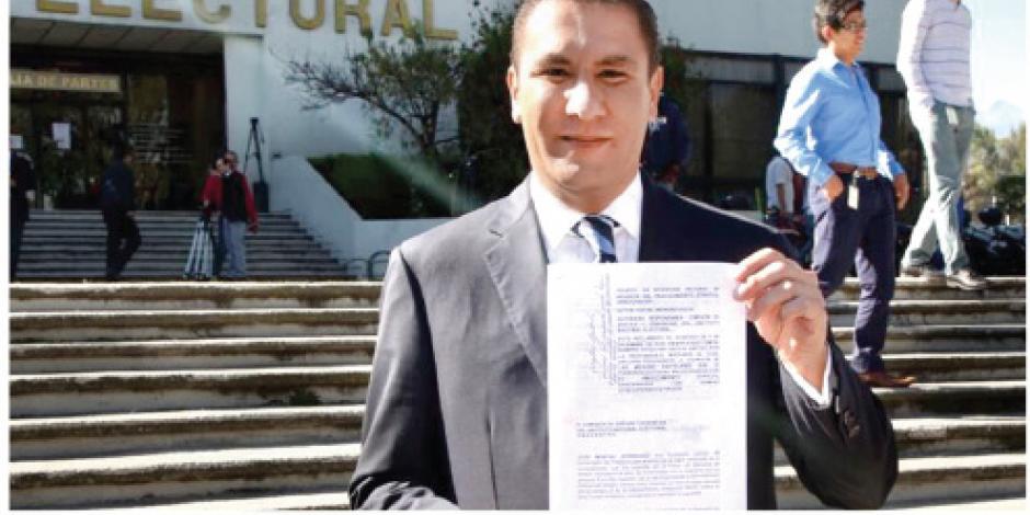 Moreno Valle impugna al INE