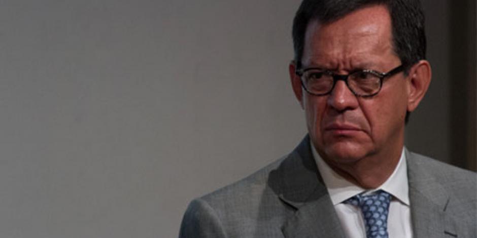 Sedena está dispuesta a aportar en caso Iguala, afirma Campa