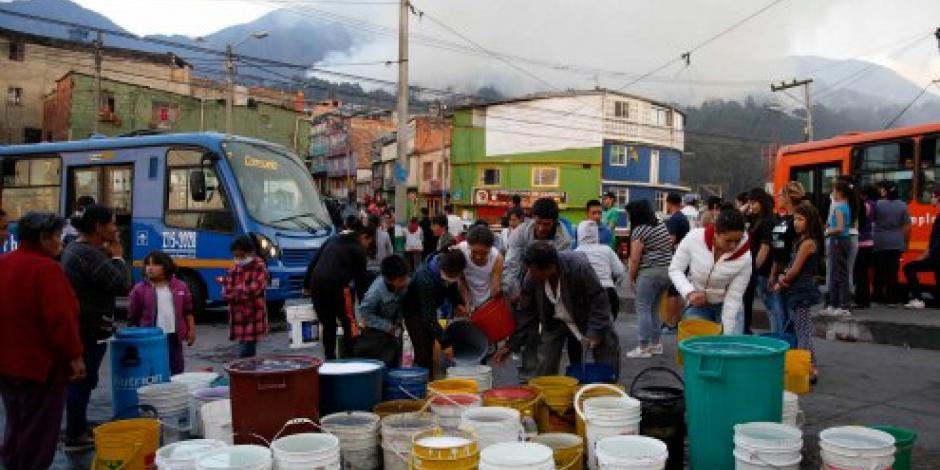 Calor extremo desata decenas de incendios en Bogotá